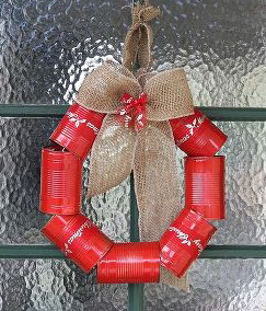 diy-tin-can-wreath-for-christmas-christmas-decorations-crafts-repurposing-upcycling